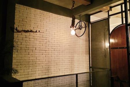 BRAND NEW! Hippest area + Spacious - Bangkok - Loft