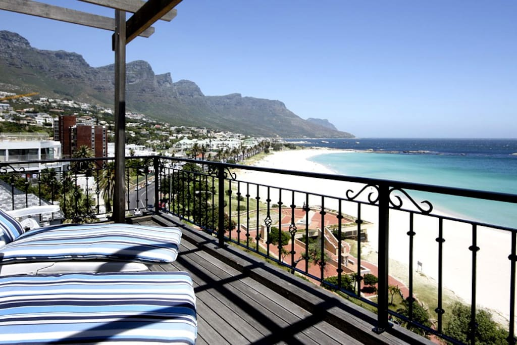 Alexander beach house apartments for rent in cape town for Beach house design cape town