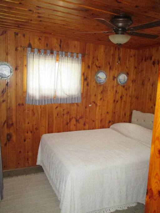 Ceiling fan, closet and drawers