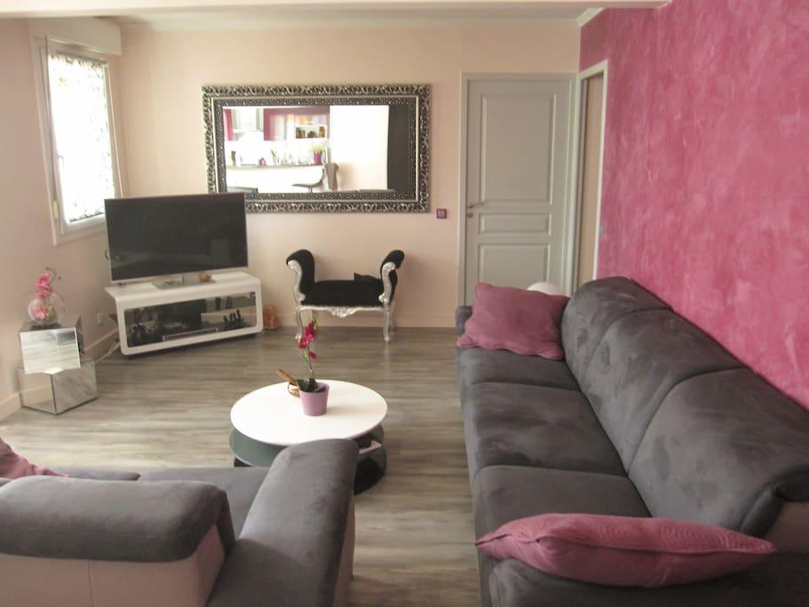 annecy bel appartement garage appartements louer cran gevrier rh ne alpes france. Black Bedroom Furniture Sets. Home Design Ideas