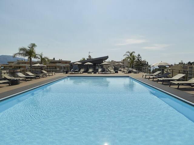 Résidence moderne avec piscine à 2 pas de la mer
