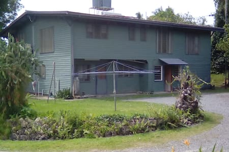 Hillside Villa Guesthouse