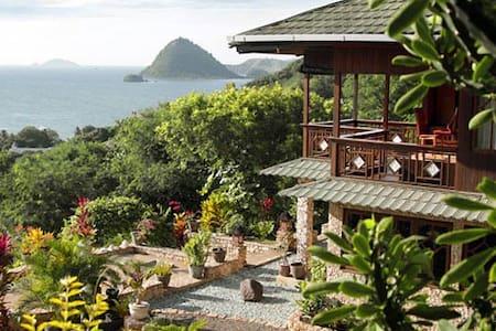 Villa Seirama Alam - Labuan Bajo