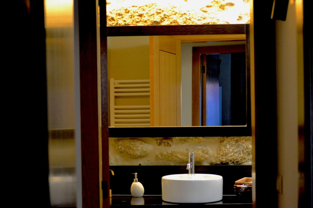 Bathrooms with amenities (gel &shampoo, hair dryer, have towel sets )