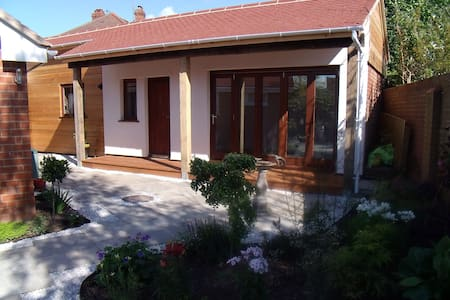 Self-contained, Garden Suite. - Hereford - Pousada