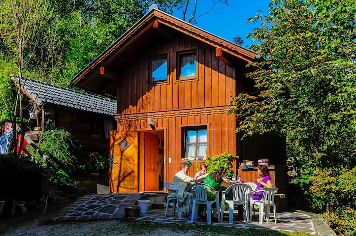 Cottage at the edge of the woods - Bad Aussee - บ้าน