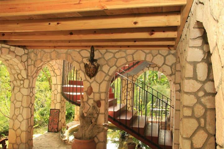 SKY Acres Estates $60  the Pear View Suite