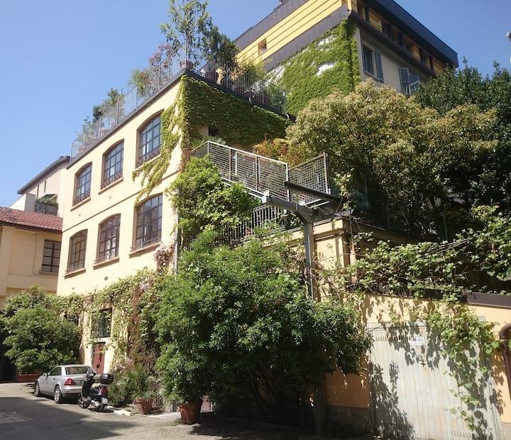 Central 500 Sq m LOFT + roof garden