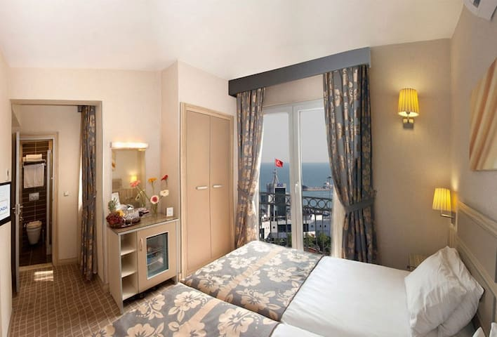 Single & Double Room ( bed & breakfast) - Fatih - Hotel boutique
