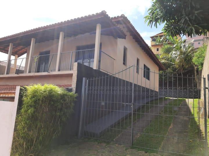 Casa com Piscina - Serra Negra/SP