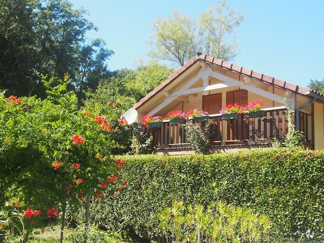 Maison de tourisme *** près du lac ST Et. Cantalès - Saint-Gérons - Rumah