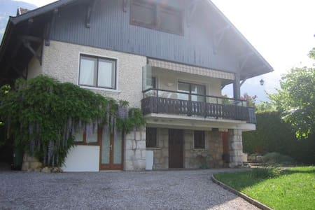 F3 rez de chaussée villa Veyrier du lac - Veyrier-du-Lac