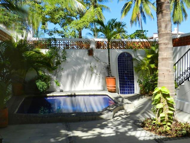 Casa Chula - 1 Block to Beach, Pool - Lo de Marcos - บ้าน