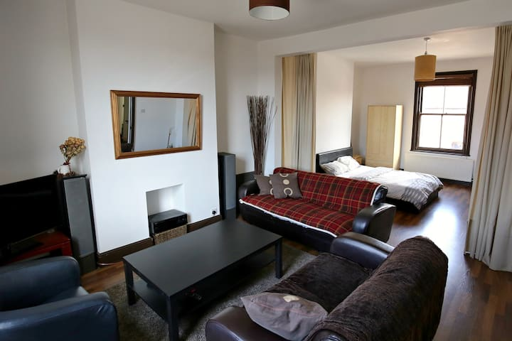 Luxury suite on the square in Lytham St Annes