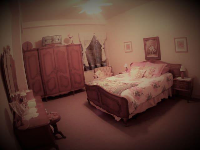 The Jane Austen Suite | 202