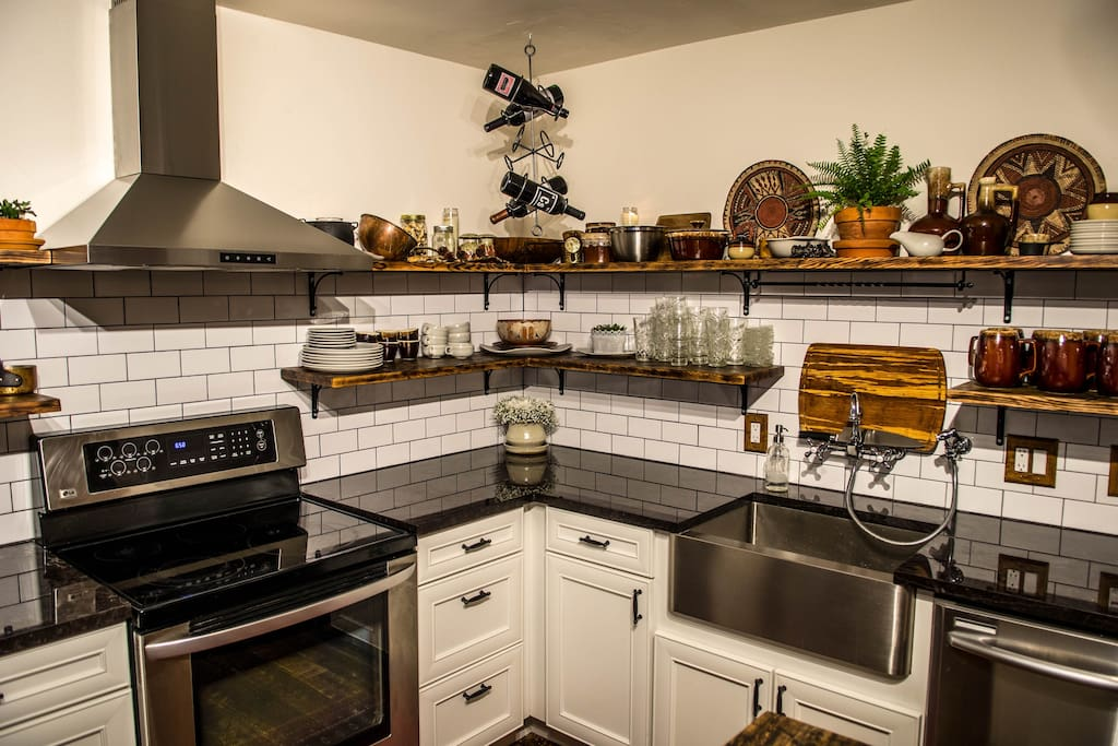 Bright - functional and newly remodeled kitchen! Great for those who love to cook.