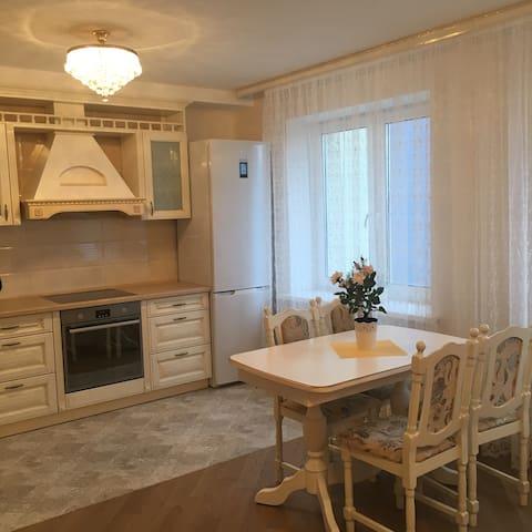 Уютная 2 комнатная квартира-студия - Минск - Departamento
