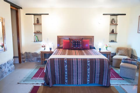 Cedroncillo Guest Room in Healing Gardens