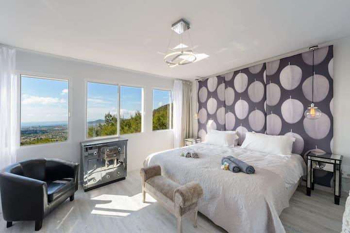 Bedroom Sky