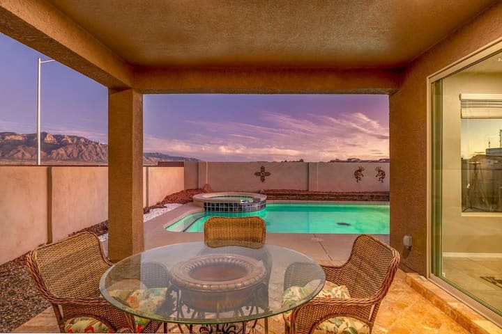 New Mexico dream home with heated pool & hot tub!