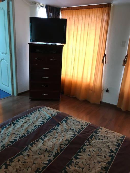 Dormitorio principal vista desde otro ángulo