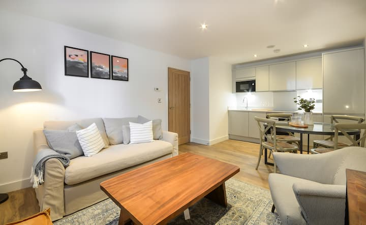 Farmhouse Styled Apartment in Chester City Centre