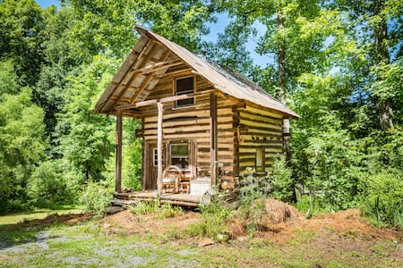 Kaluna Hemp Retreat Log Cabin