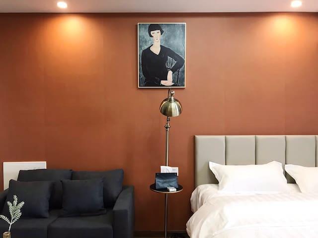 「蔓熙」蜜橙深情浓浓房 万达商圈内江首家设计师特色主题轻奢房
