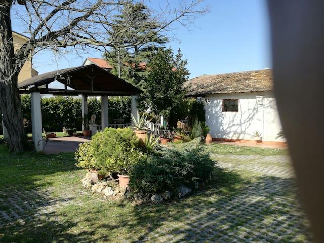 Casa colonica con giardino - San Giovanni In Marignano - Apartamento