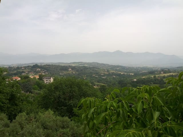 Tra il monte Matese e Napoli - Caiazzo