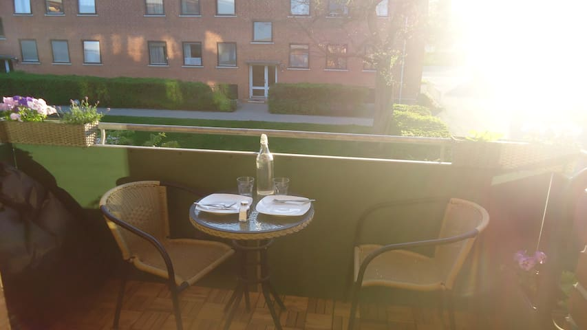 Nice big 2 rooms flat with balcony - Rødovre - Apartment