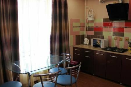 №506 Оdessa  Luxuary ht apartment - Lakás