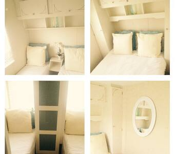 Static Caravan in Clacton to rent - Jaywick - Camper/RV