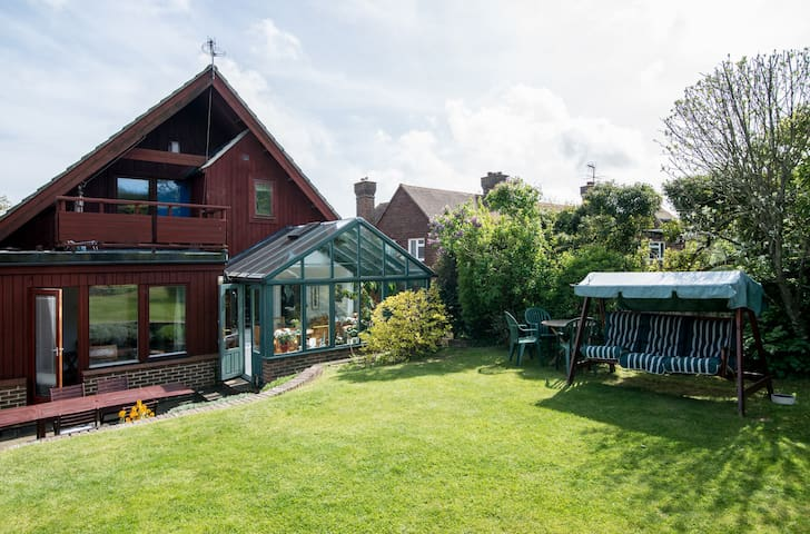 Lill Stugan, self catering/B&B - Lewes - Apartment