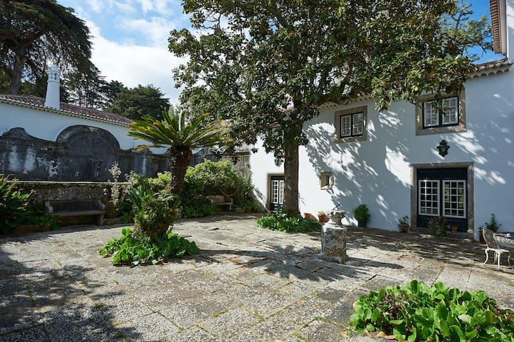 Quinta de São Thiago - Guest House