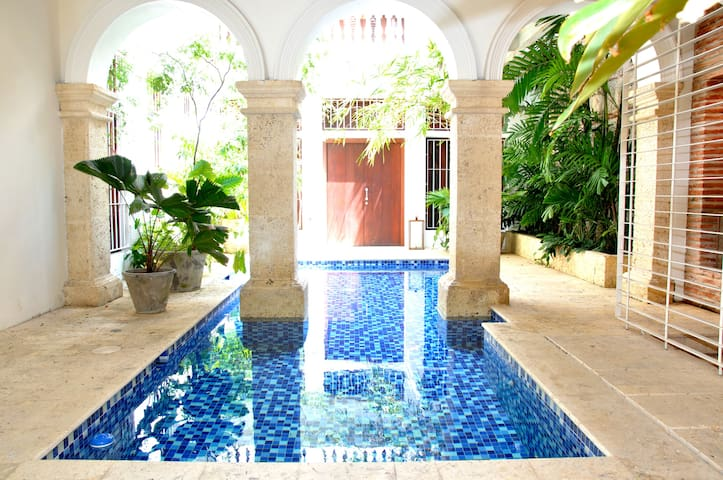 Exclusive 1BR apt. in the Old City - Cartagena - Apartamento
