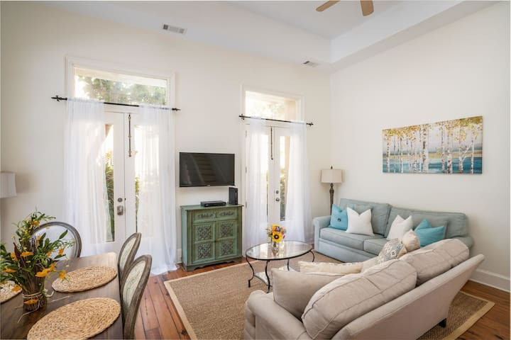 Luxury Pied-à-terre in the French Quarter!