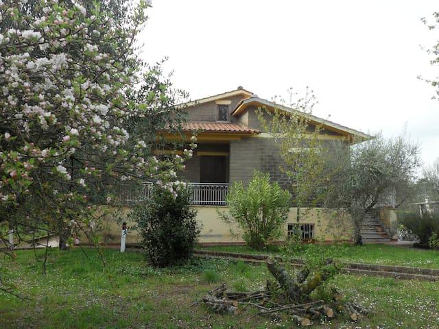 la casa nel verde - Canale Monterano