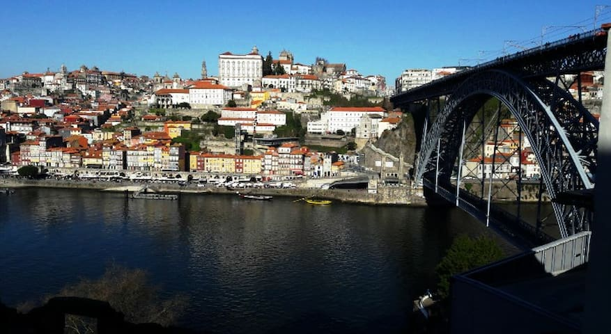 Cozy studio with amazing view over Porto - Vila Nova de Gaia - Hus