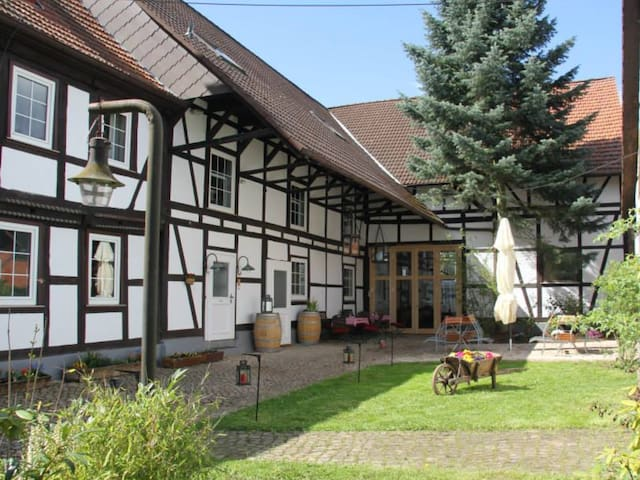 Eulenhof... Where Dreams live - Hörden am Harz - Bed & Breakfast