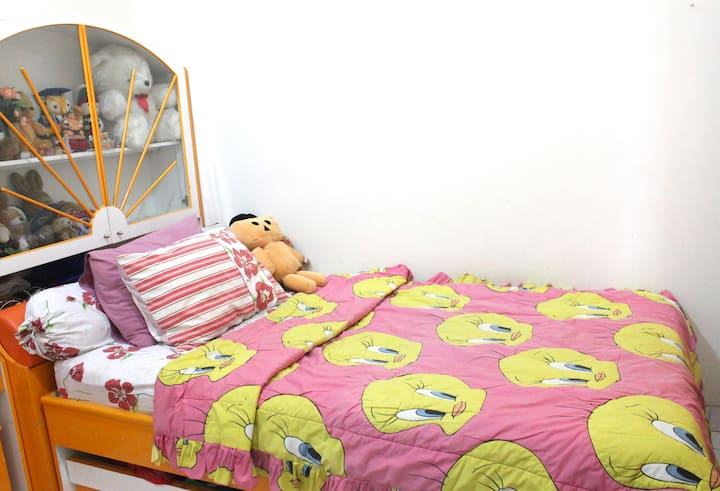Bedroom For-Rent at Serpong