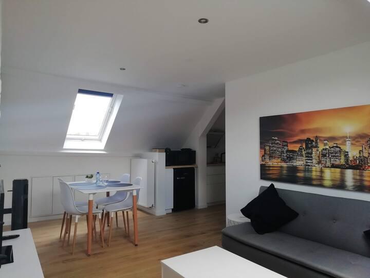 Uniek en modern appartement, dichtbij Gent