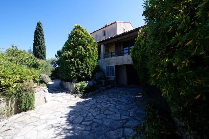 Location Villa a Sausset les Pins