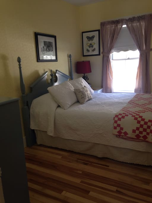 Bedroom number two, double bed, new hardwood floors, huge closet and antique quilts.