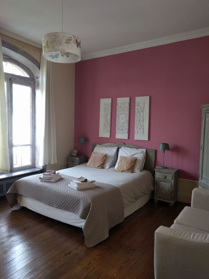 B&B 4 people suite in Epernay