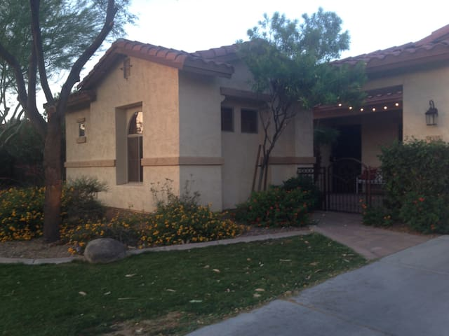Detached, Private, Safe, Quiet & Clean Guesthouse - Chandler - Pis