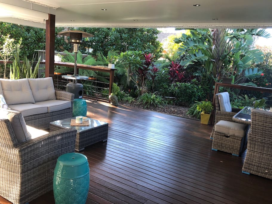 Beautiful tropical garden and a big back deck. Room for children to run and play.