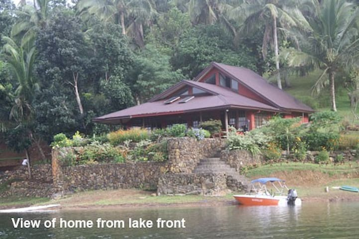 Weekend Resort Home - Caliraya Lake - Lumban - Kabin