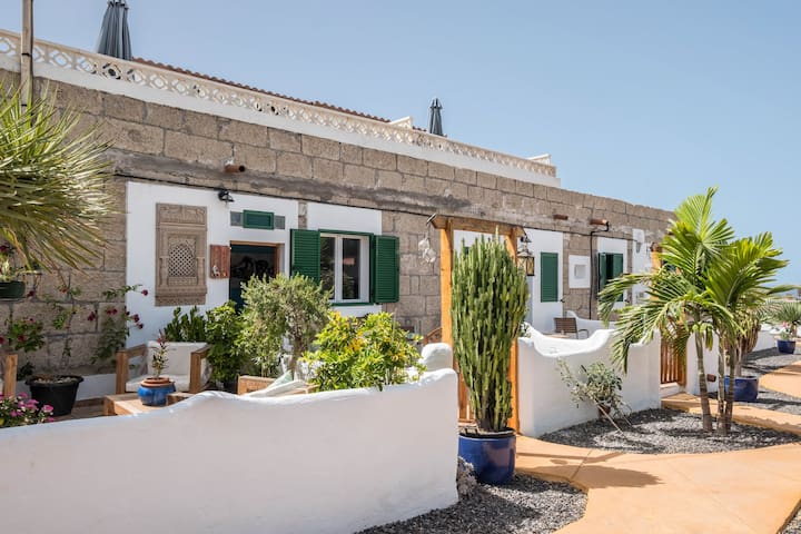 """Traditional and Quietly Situated Holiday Home """"Casa Drago"""" in Alcalá with Sea Access, Own Terrace, Garden and Wi-Fi; Pets Allowed, Parking Available"""