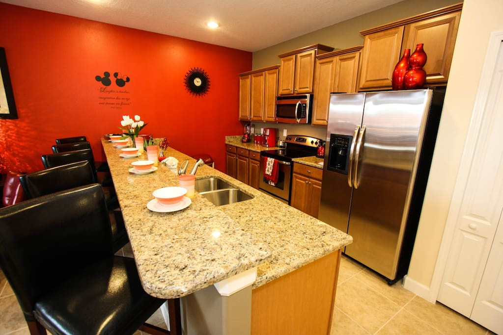 Townhouse near disney pool wifi townhouses for rent in for Ana s kitchen orlando